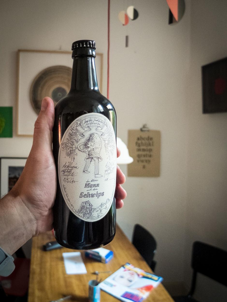 Flasche mit Etikett